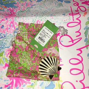 EUC Lilly Pulitzer Shell yeah necklace